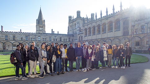 Oxbridge hopefuls visit Oxford Uni